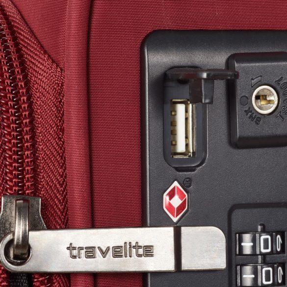 Bőrönd TRAVELITE Jade S bordó 4 kerekű kabin méret USB csatlakozóval